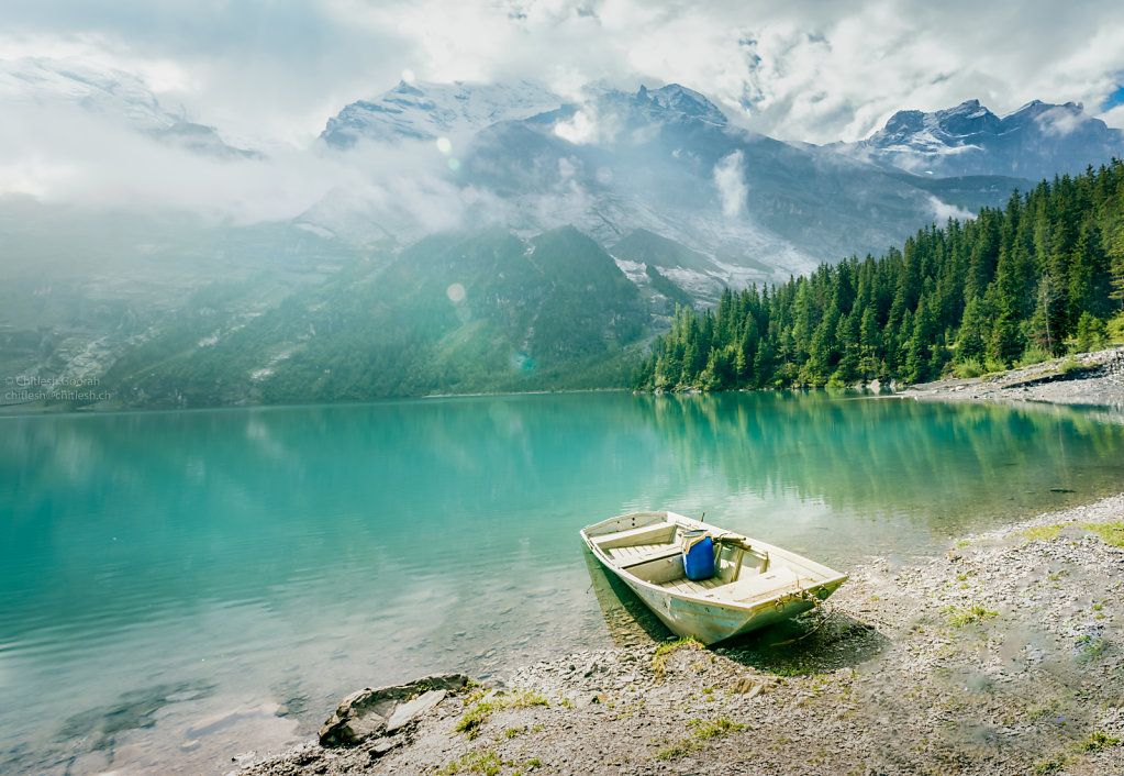 Oeschinensee: Boat