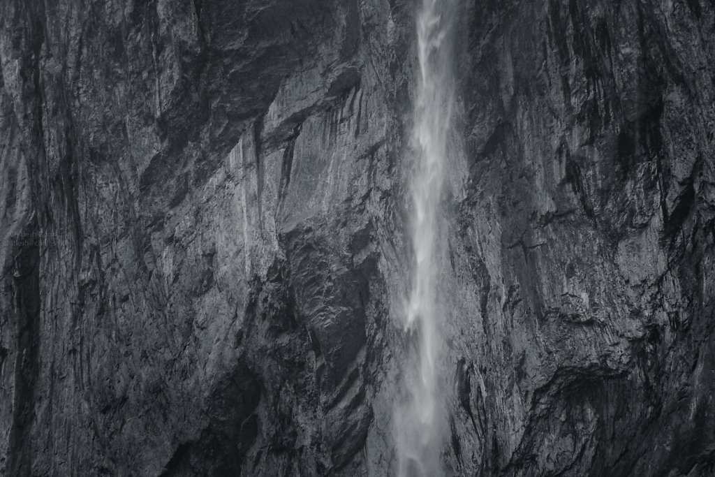 Staubbach falls  - Close up
